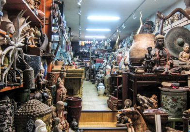 Triwindu Antique Market, Amazing Ancient Trading Experience